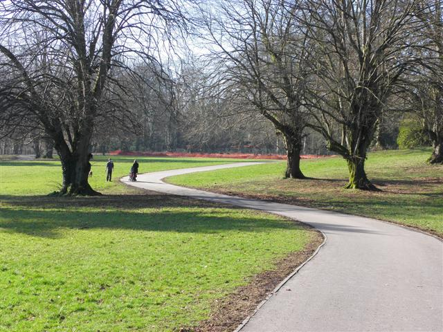 Curved Path Mccauley Park Kenneth Allen Cc By Sa 2 0