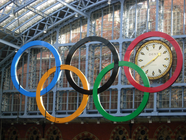 Olympic rings - St Pancras