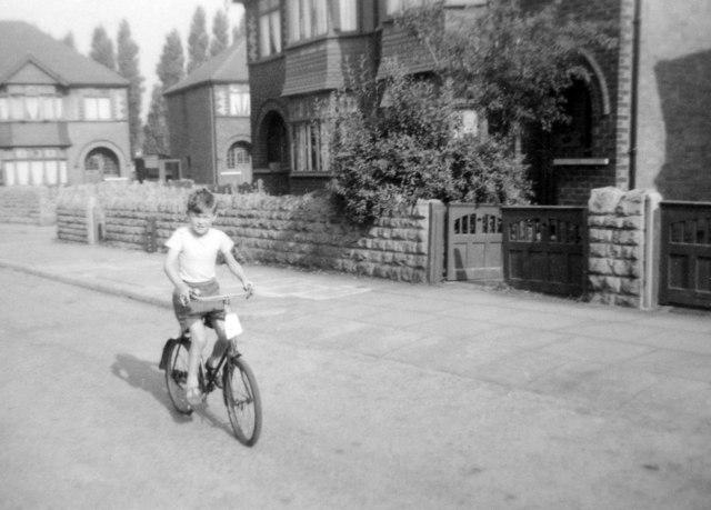 Newquay Avenue, 1955