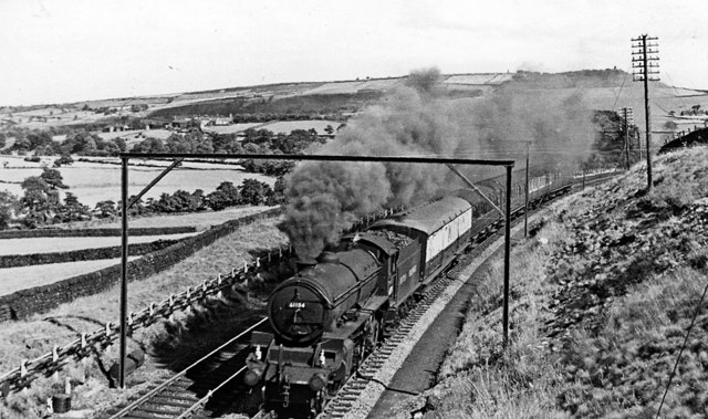 Sheffield - Manchester express at Hazlehead Bridge