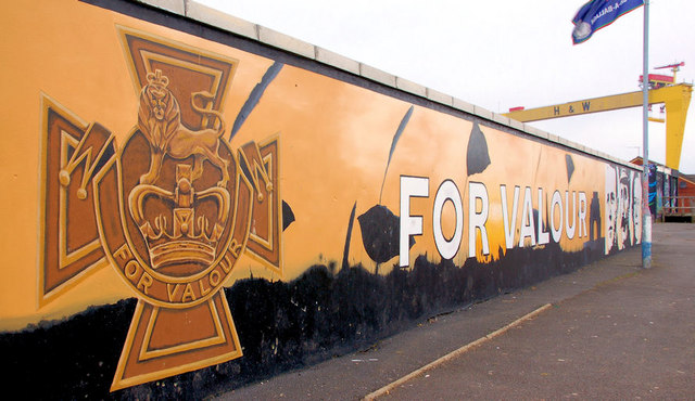 Victoria cross mural belfast albert bridge geograph for Acheter crucifix mural