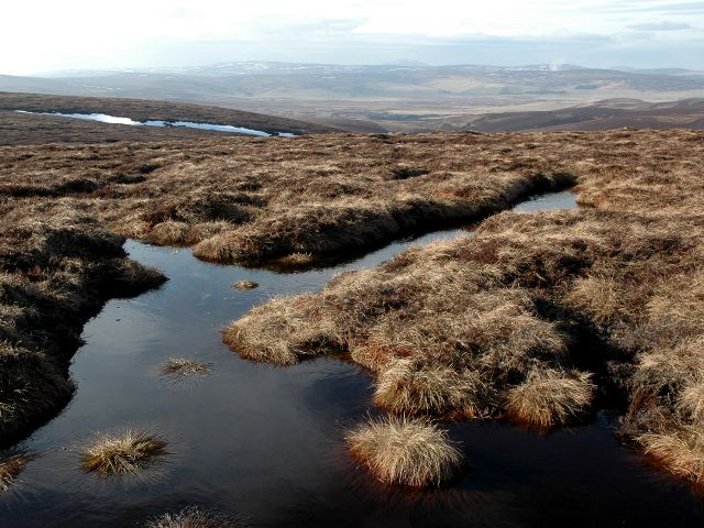 Peat Bogs on Hill of Snowy Slack (C) Gilbert Scott :: Geograph Britain ...: www.geograph.org.uk/photo/2296823
