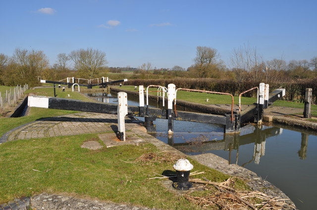 Grand Union Canal - Pywell's Lock