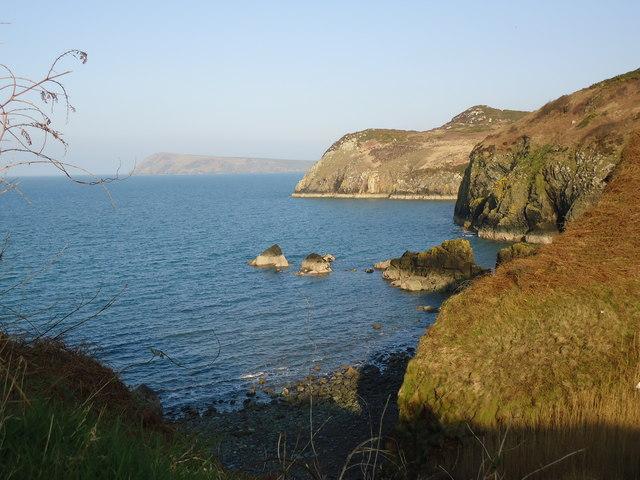 Pwll Landdu and coast to northwest