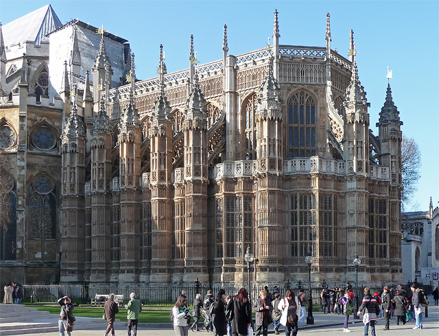gothic style in britain essay The gothic revival , and set about remodeling it in what he called gothick style, adding towers, turrets, battlements, arched doors.
