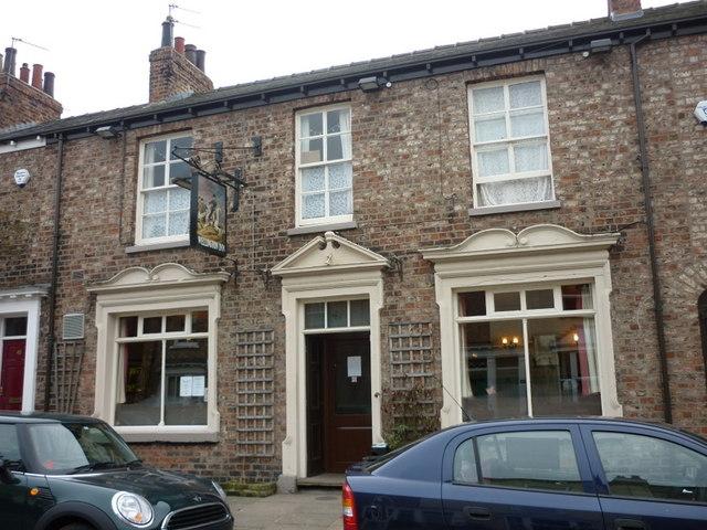 The wellington inn public house alma ian s cc by sa for Alma terrace york