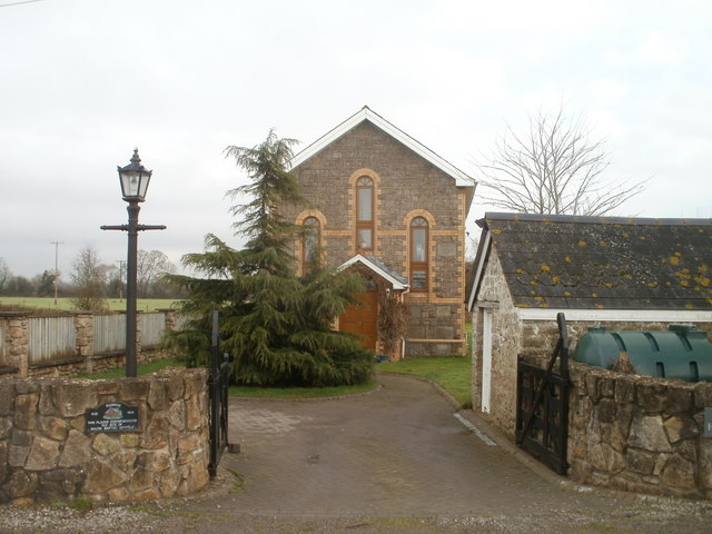 Front view of former Salem Baptist Chapel, Redwick