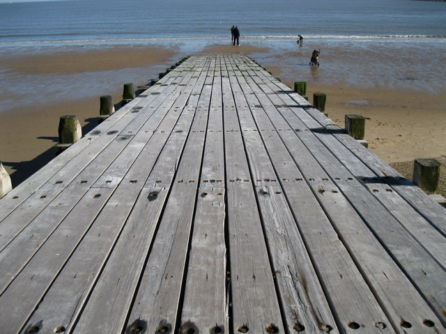 Marine breakwater, Walton-on-the-Naze