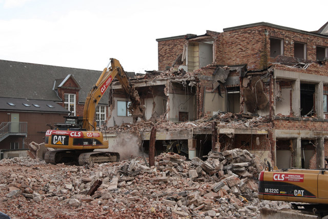 Demolition Of Lincoln County Hospital  Richard Croft