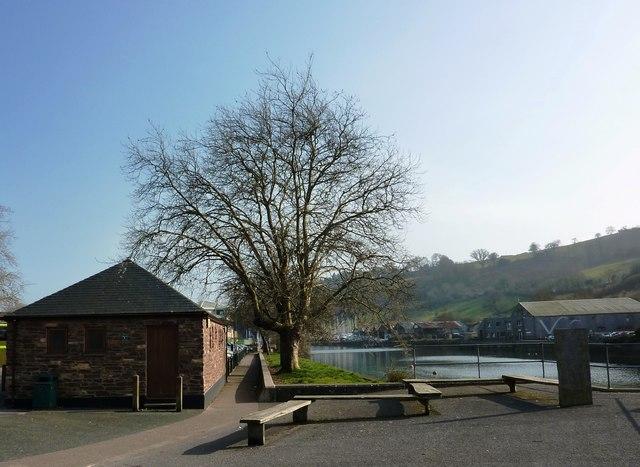 Steamer Quay Car Park Totnes