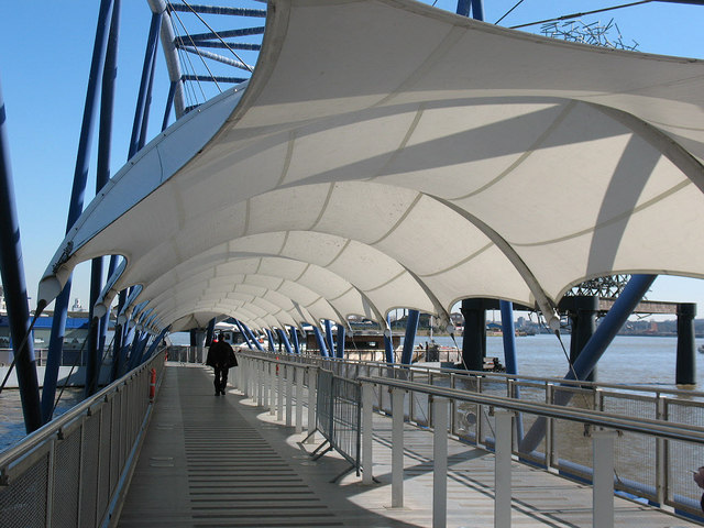 Covered gangway to the QE2 pier