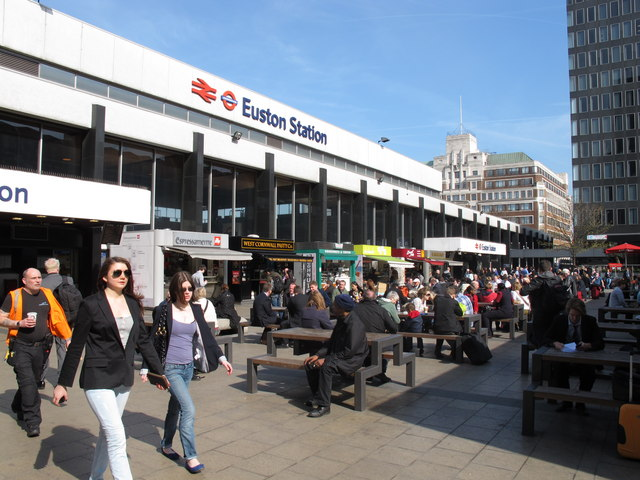 Euston Station piazza food court