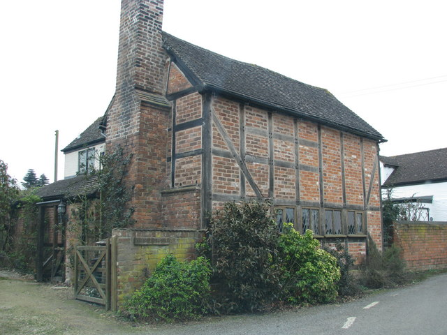 Timber frame infilled with brick for... © Sarah Charlesworth cc-by ...