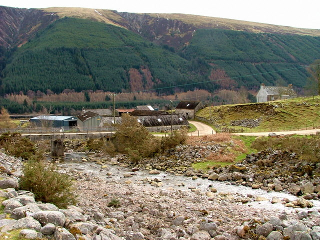 Kilfinnan bridge and farm