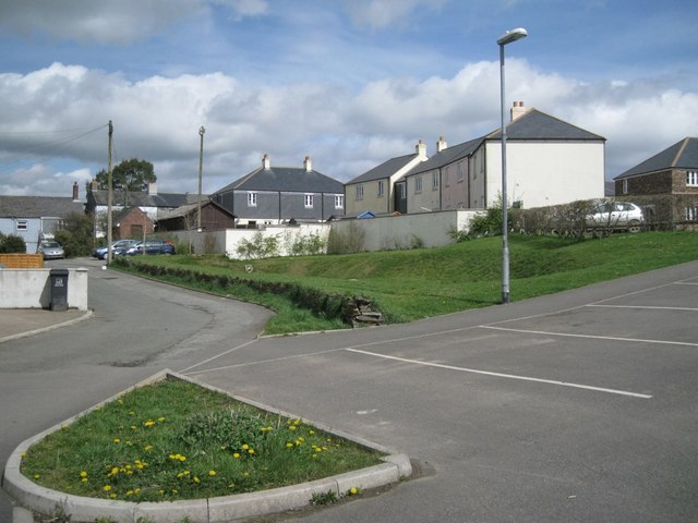 Laburnum Way and car park