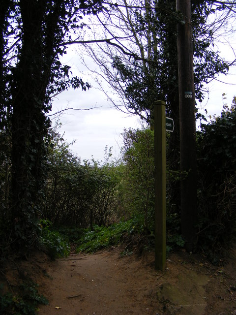 Footpath off Gromford Lane