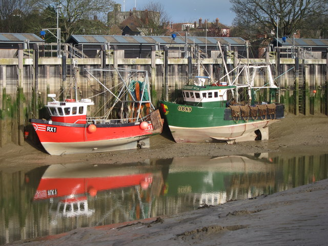 Fishing Boats 169 Oast House Archive Cc By Sa 2 0