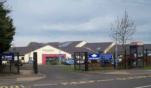 downshire primary school  hillsborough  u00a9 eric jones