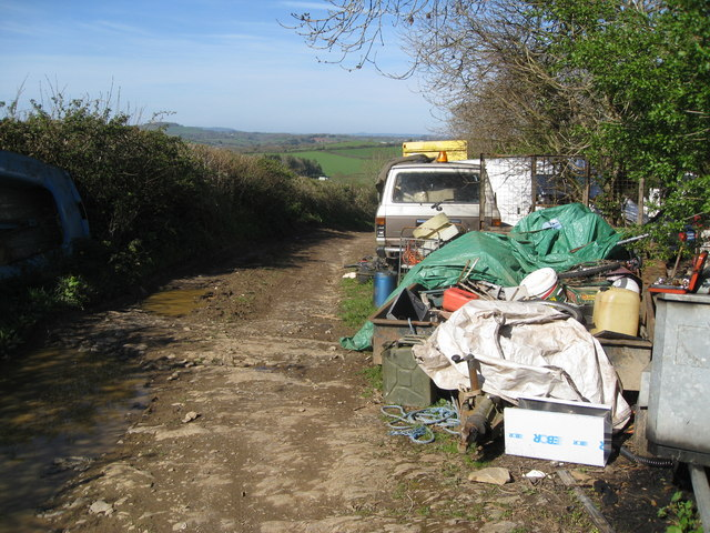 Travellers' encampment along footpath