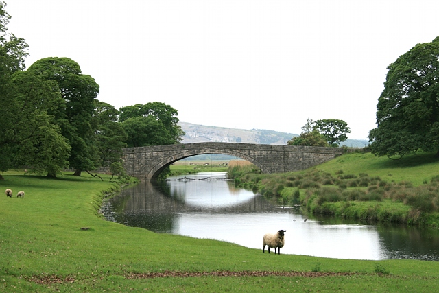 Milnthorpe Bridge (from upstream)