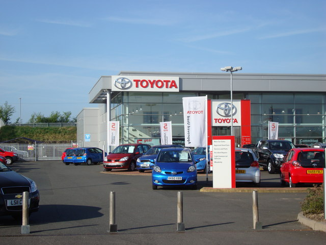 toyota garage bromsgrove rob newman geograph britain. Black Bedroom Furniture Sets. Home Design Ideas