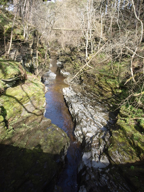 Below Windshaw Bridge