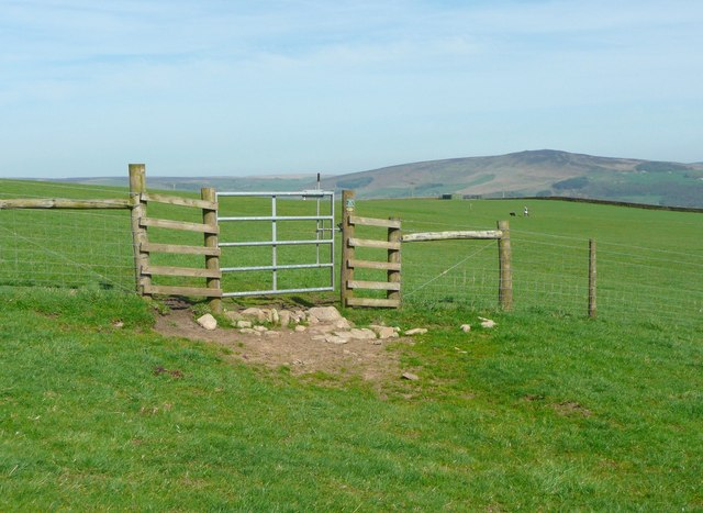 Bridle gate on invisible bridleway, Draughton