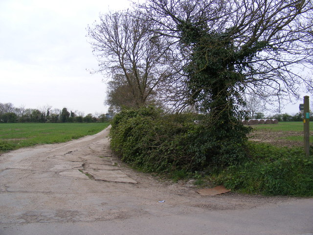 Footpath to Loam Pit Lane