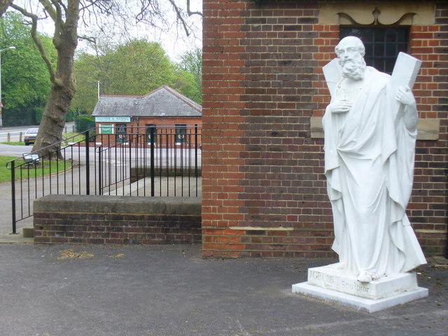 St Andrew, Aldershot