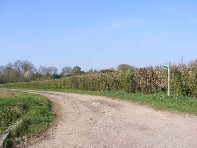 Footpath to Church Farm