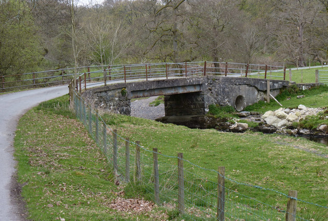 Bridge over  Afon Llafar stream