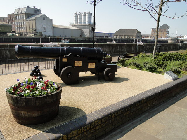 George II cannon on South Quay, Gt Yarmouth