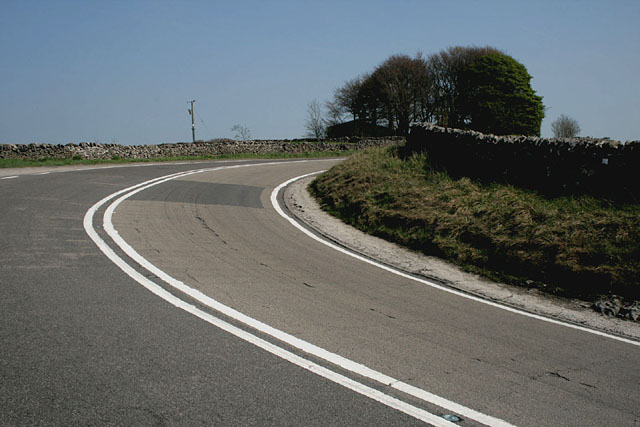 A bend in the A623