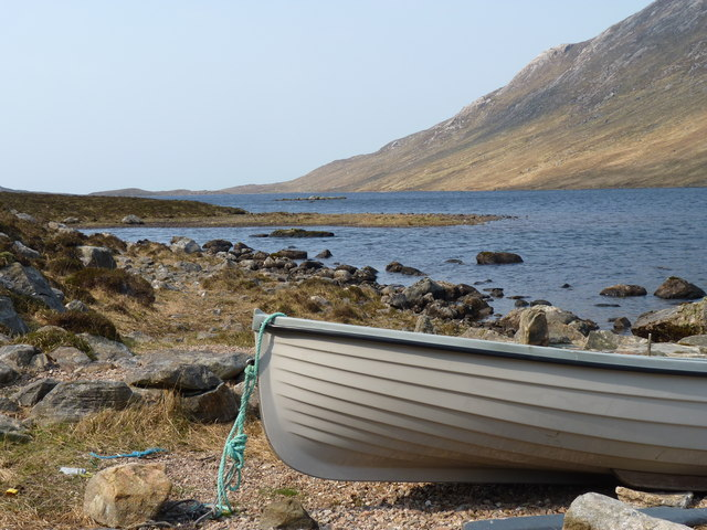 Rowing boat at the east end of Loch a' Ghlinne