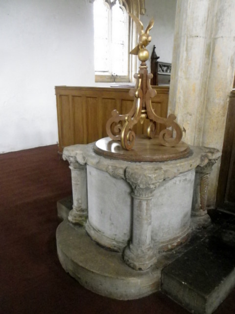 Font, The Church of St Denys