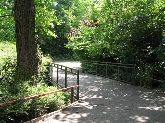Bridge over The Beck at the northern end of Kelsey Park