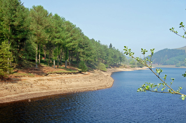 Hope Woodlands : Derwent Reservoir