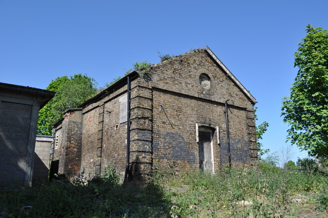 Semi Ruined Building at Marks Tey