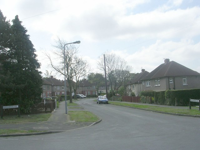 Greenwood Avenue - Moorhouse Avenue