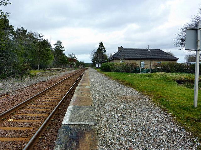 Altnabreac Station (2)