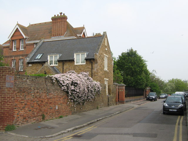 Orchard Place (2), Faversham