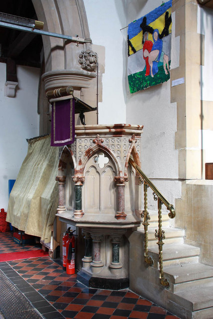 St John the Baptist, Parkhill Road, Bexley - Pulpit