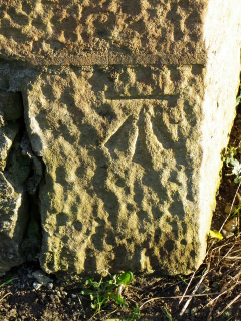 Bench Mark, Richmond Road