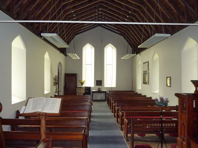 Holy Trinity Church, Seathwaite, Interior