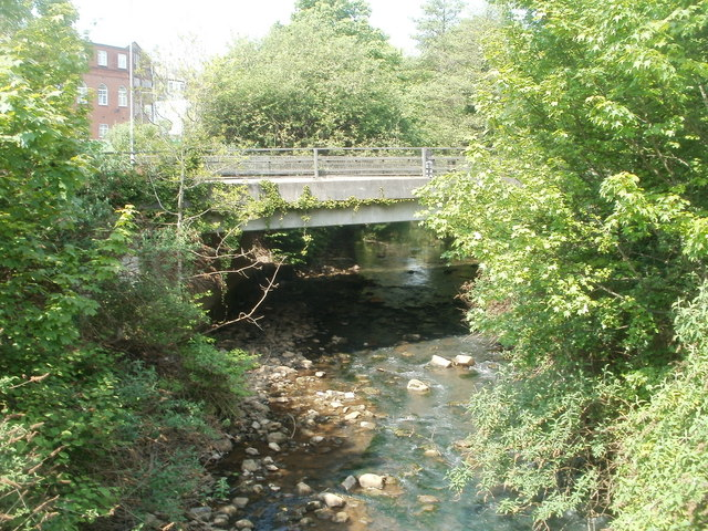 Afon Lwyd upstream from Town Bridge, Pontypool