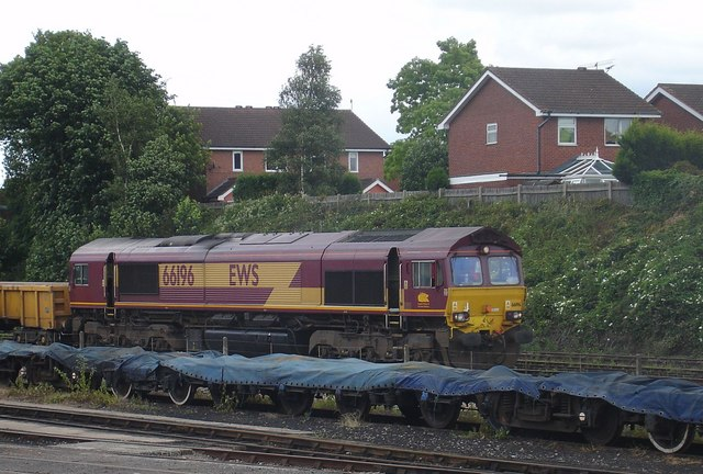 Class 66 South of Kidderminster Station