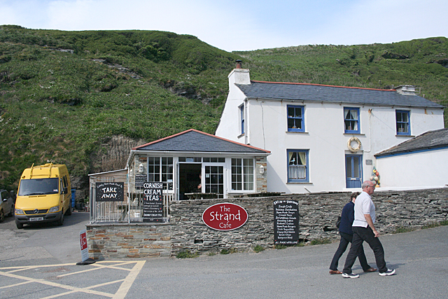 Tintagel: The Strand Cafe at Trebarwith Strand