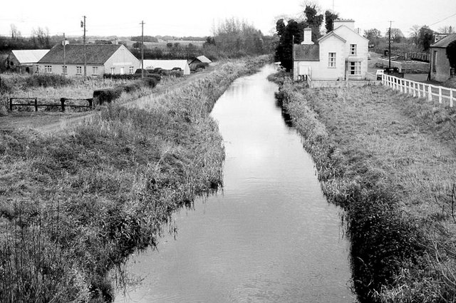 The Royal canal at Hill of Down