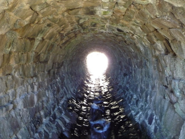 Snake Pass: in Doctor�s Gate Culvert