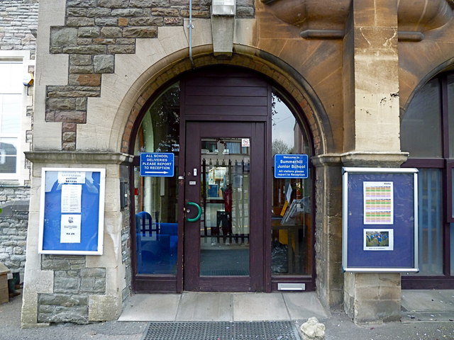 Entrance to Summerhill Junior School, Bristol